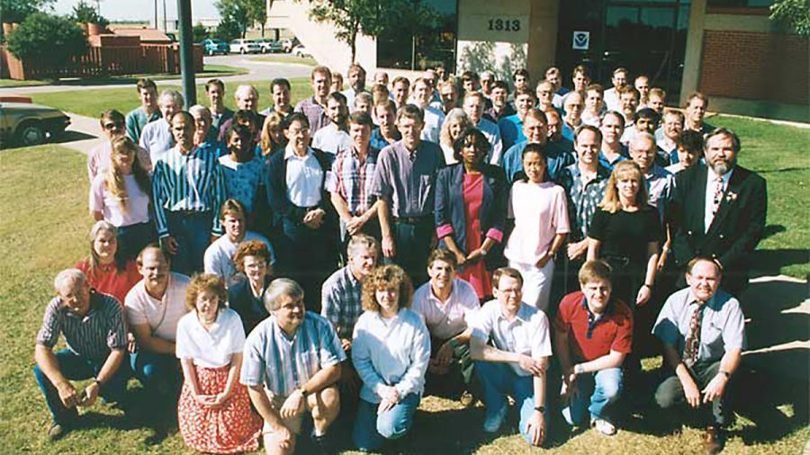 A lab group photo from 1995