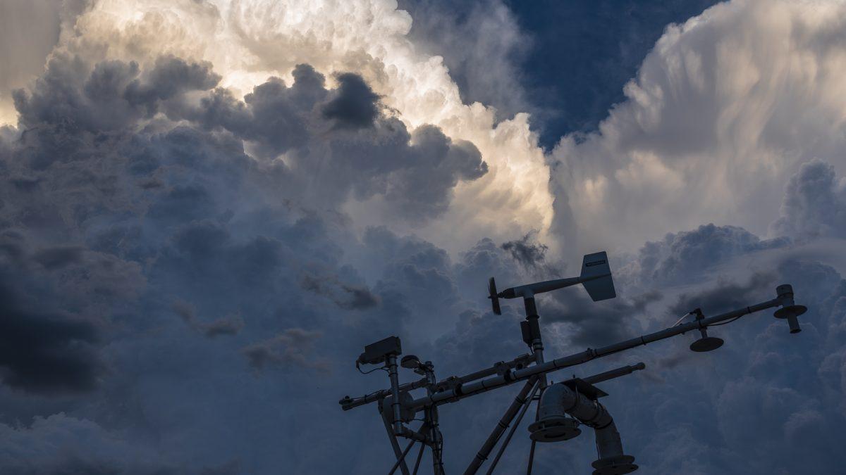 Researchers work to gain better understanding of hurricanes