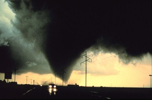 VORTEX-95 photo of Dimmitt, TX tornado